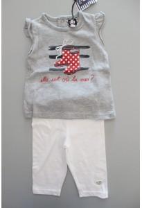 Débardeur gris (bottes) et leggings blancs Elle est où la mer