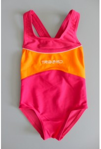Maillot de bain 1 pièce fuchsia et orange Decathlon
