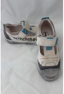 """Chaussures semi-ouvertes """"Intrépides"""" Kakao blanc-gris Babybotte"""